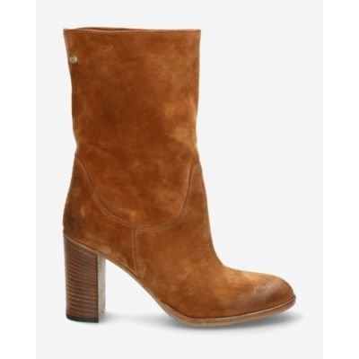 Cognac-ankle-boot-suede