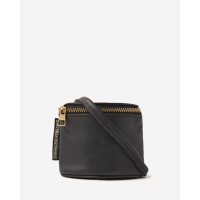 Small-shoulderbag-soft-smooth-leather-black
