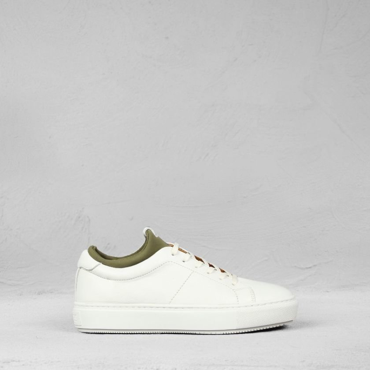 Sneaker-Strukturleder-Weiß-Olive