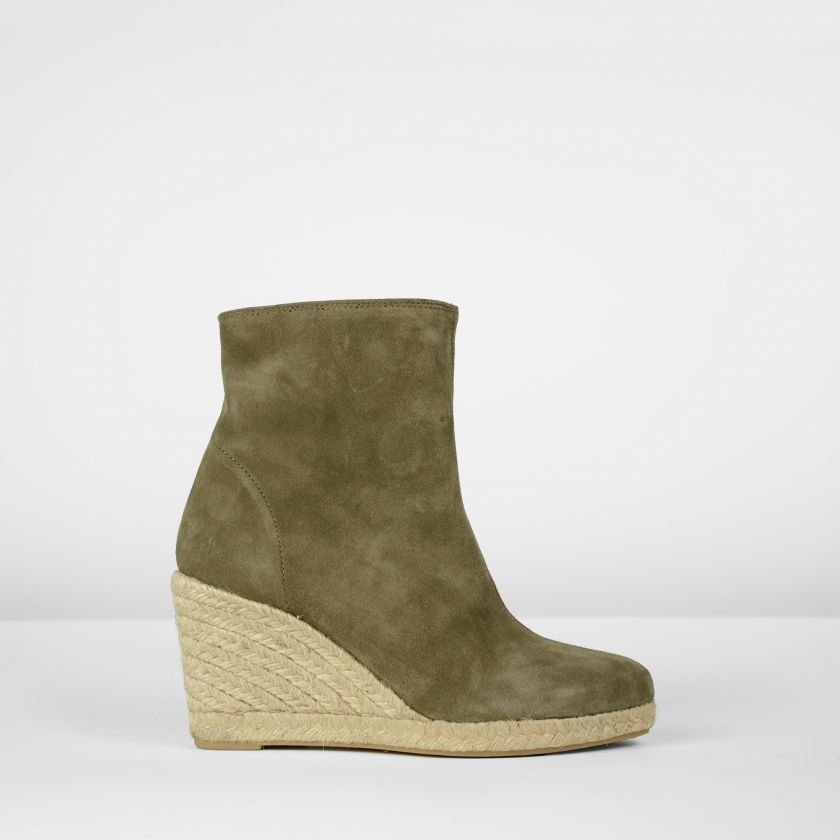 fred de la bretoniere ankle boot with espadrille wedge taupe 153010010 packshot