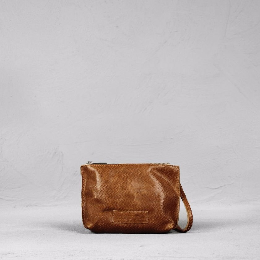 Shoulderbag-cutted-leather-Light-Brown