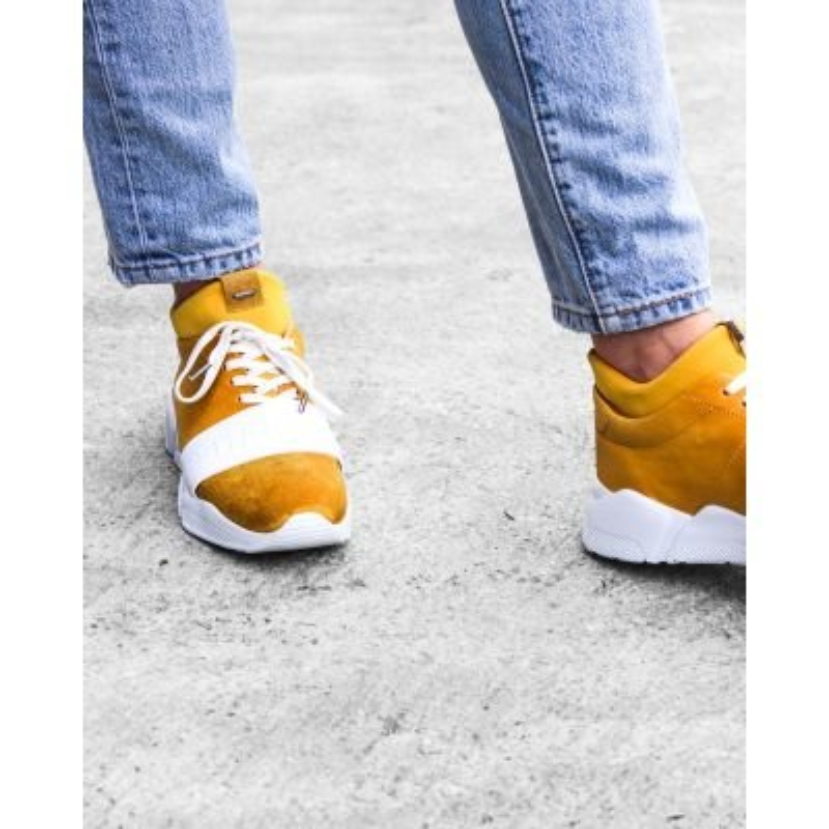 Sneaker-Glattleder-mit-Neoprensocke-Gelb