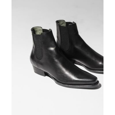 Chelsea-boot-Goodyear-soft-smooth-leather-Black