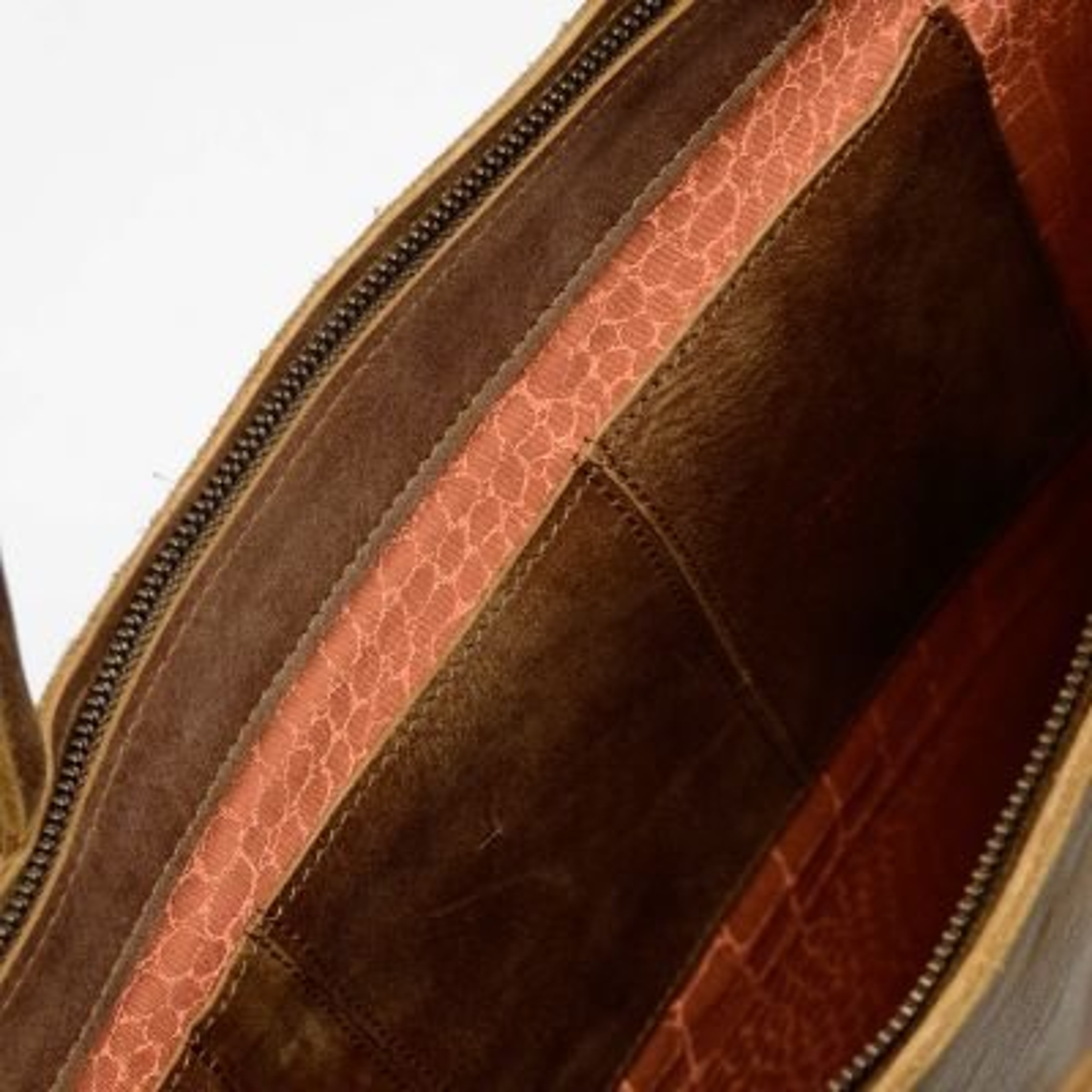 Business-bag-hand-buffed-leather-Brown
